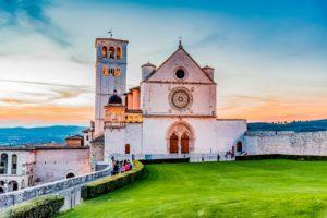 Assisi-Italia-Farmecul-Umbriei-300x200