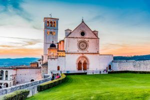 Assisi-Italia-Farmecul-Umbriei-300x200